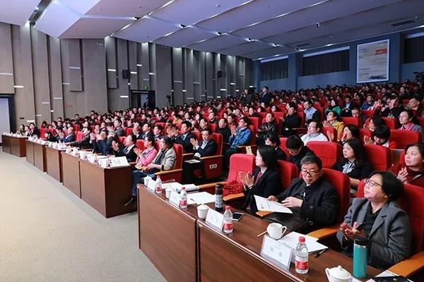 他指出,在山东二七一教育集团精心准备,潍坊教育局大力支持,各实验区